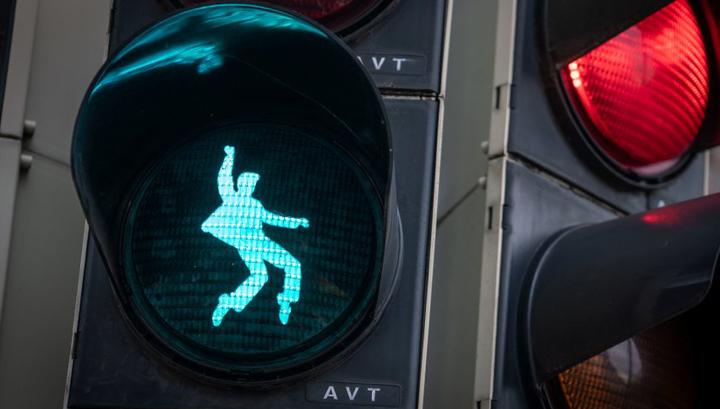 В Германии установили светофоры с Элвисом