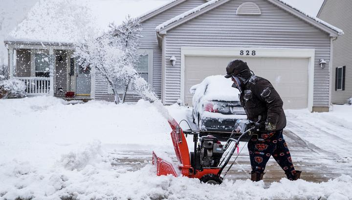 На Вашингтон обрушился снежный шторм