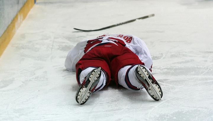 В Перми хоккеист-ветеран скончался прямо во время игры