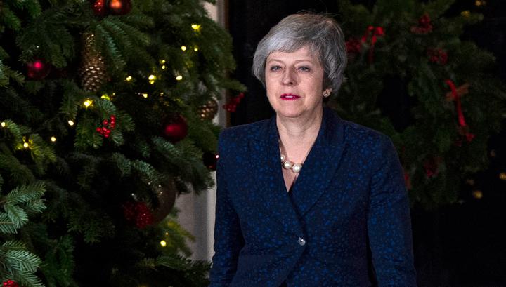 Тереза Мэй удержалась на посту премьер-министра Великобритании