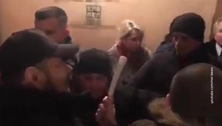 На Украине депутаты дерутся газетами