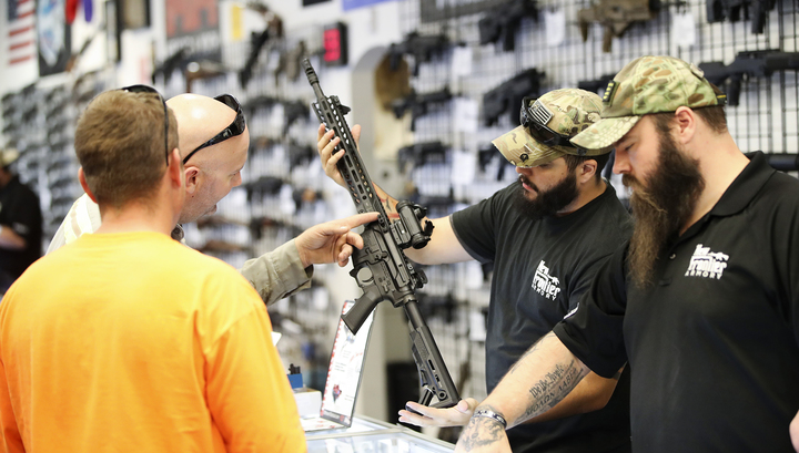 В США уровень смертности из-за огнестрельного оружия достиг максимума