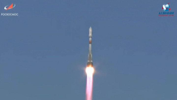 """Ракета """"Союз 2.1а"""" вывела на орбиту российские """"Канопусы-В"""""""