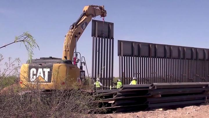 16 штатов США подали иск против Трампа из-за декларации о ЧП для строительства стены