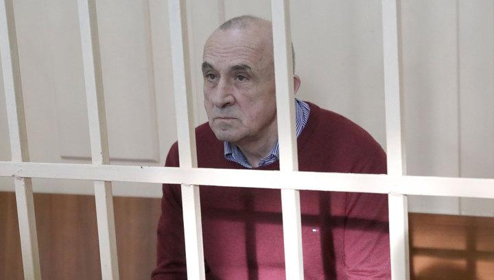 Суд продлил на полгода арест экс-главы Удмуртии