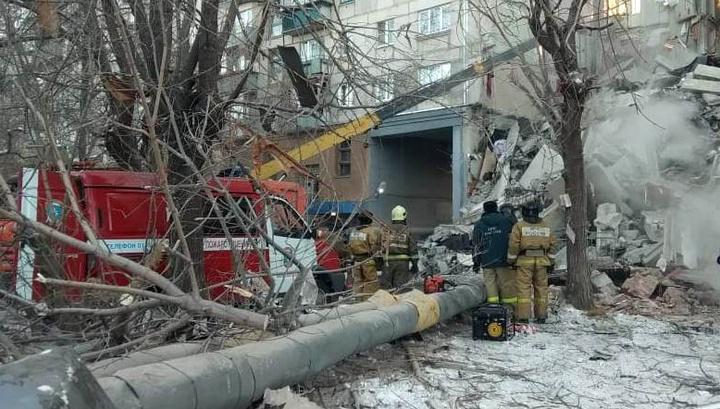 Взрыв газа: в Магнитогорске могут обрушиться еще два подъезда дома