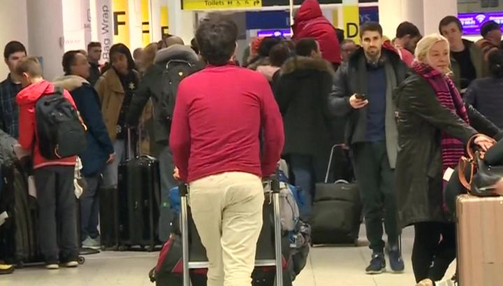 ЧП в британском аэропорту: дроны улетели, а полиция пообещала их найти
