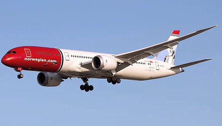 Самолёт вернулся вСтокгольм после сообщения обомбе