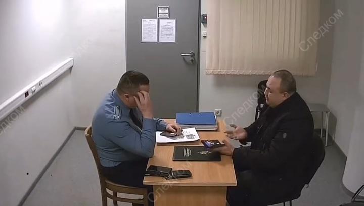 zahotelos-pervogo-seksa-video-nezazhivayushaya-korosta-cheshetsya