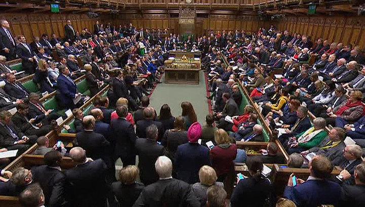 Парламент Великобритании проголосовал за закрепление новых дат Brexit