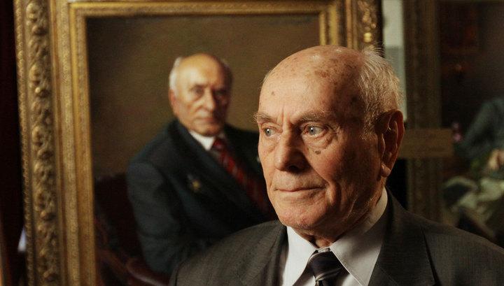"""Легенда разведки: """"майору Вихрю"""" Алексею Ботяну исполнилось 102 года"""