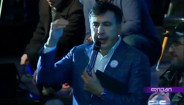 Саакашвили придумал, как мирно сменить власть в Грузии