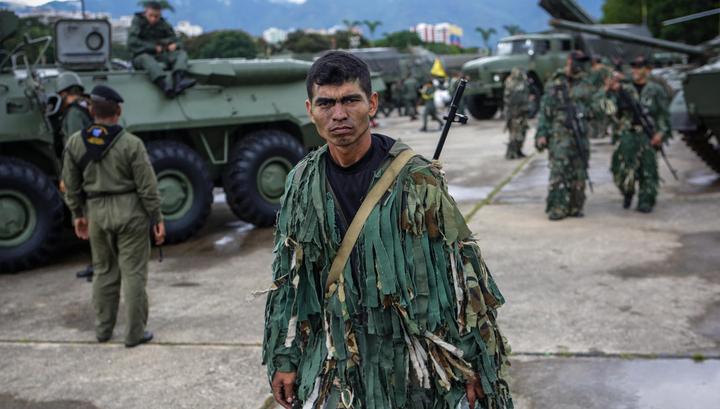 Венесуэльские военные отработали действия при нападении с воздуха
