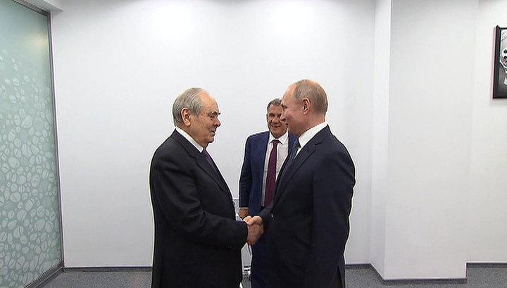 """Путин и Минниханов дали старт отгрузке бензина с НПЗ """"Татнефть"""" в Нижнекамске"""