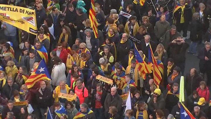 Барселона протестует против суда над каталонскими чиновниками