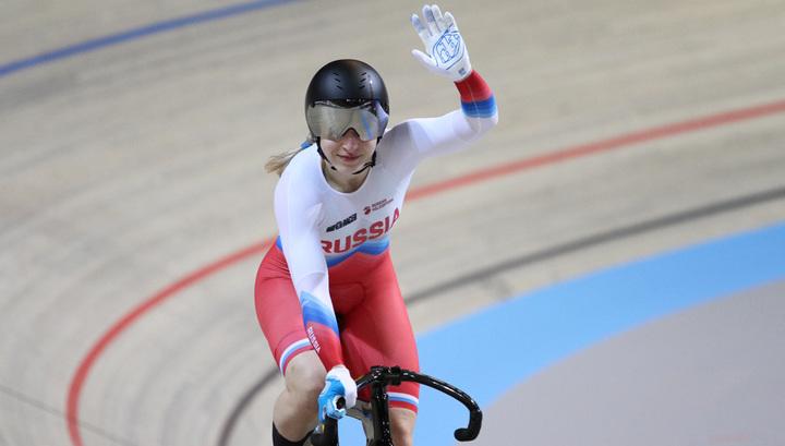 Велогонщица Шмелева выиграла бронзу чемпионата мира в кейрине на треке