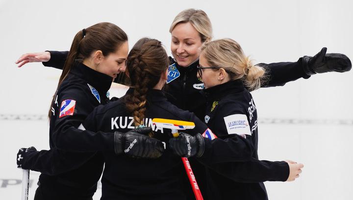 Россиянки обыграли Финляндию на чемпионате мира по керлингу