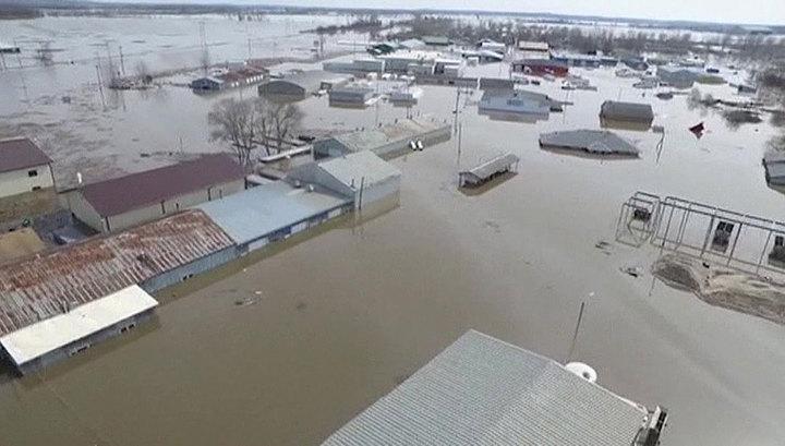 Власти Небраски с ужасом подсчитывают потери из-за наводнения