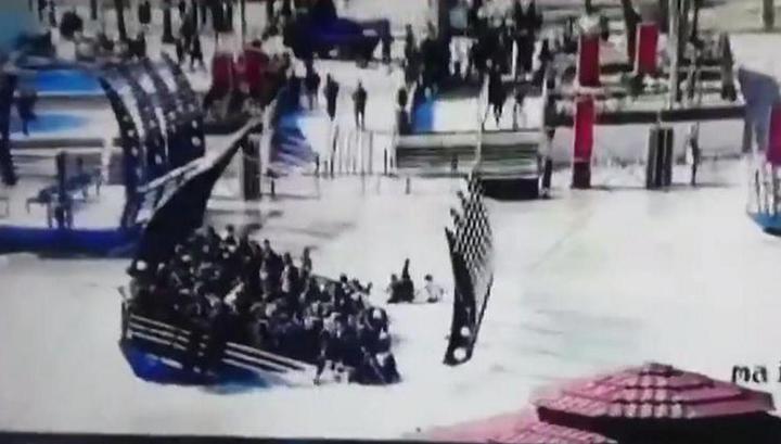 Момент крушения иракского парома с двумя сотнями пассажиров попал на видео