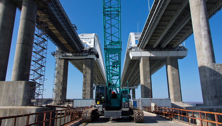 Крымский мост: строители готовы к монтажу железнодорожной автоматики