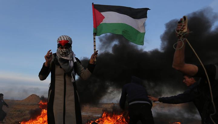В столкновениях в секторе Газа пострадали более 80 палестинцев