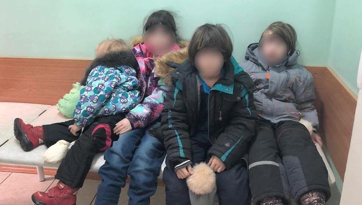 Омбудсмен: мать найденных в Мытищах детей должна доказать способность их содержать