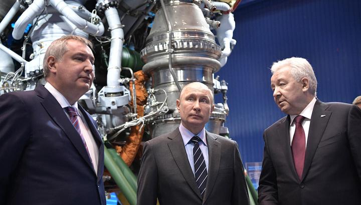Путин анонсировал отказ от военного призыва