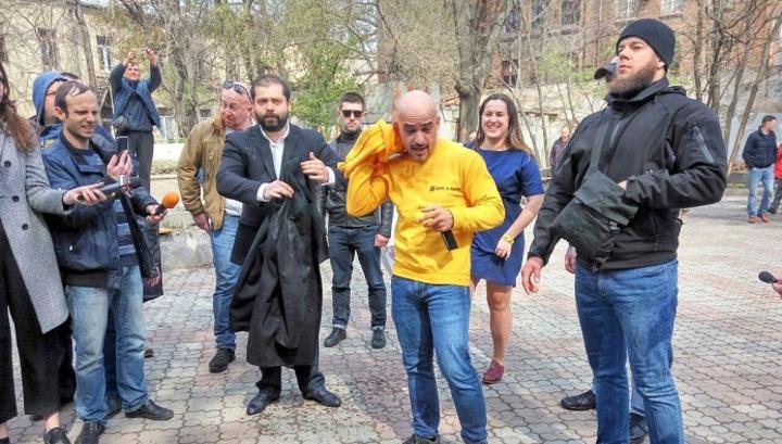Облитый фекалиями в Одессе Мустафа Найем уверен, что он на правильном пути