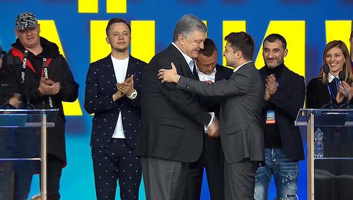 """После вечернего """"фарса в Олимпийском"""" на Украине настал день тишины"""