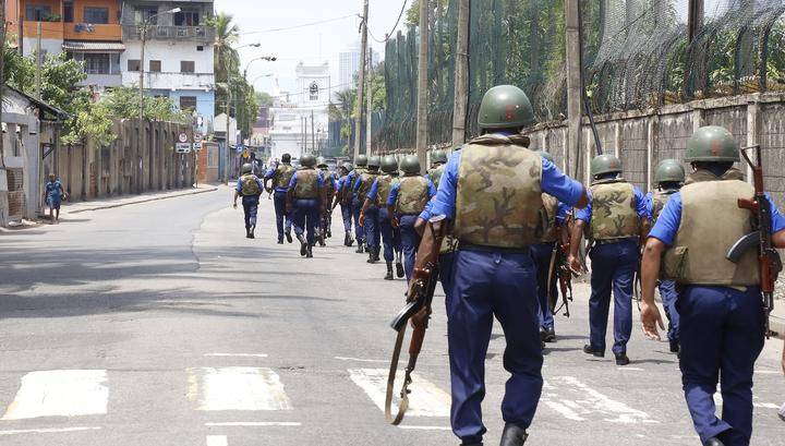 На Шри-Ланке продлили комендантский час