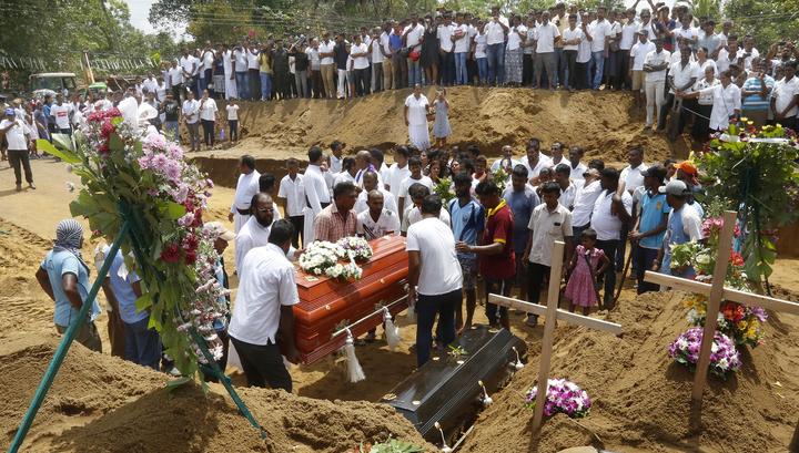 После терактов в Шри-Ланке уволят руководство спецслужб и Минобороны