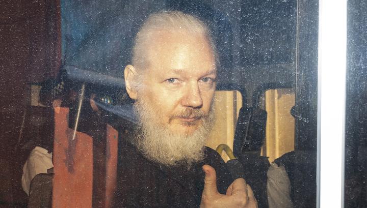 Недостаточно доказательств: Швеция прекратила дело Ассанжа