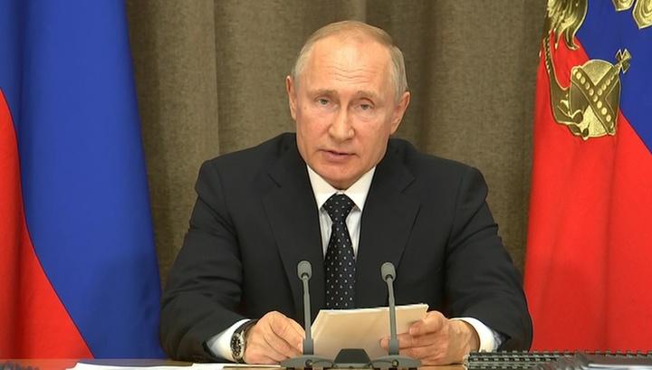 Путин поручил перевооружить авиационные полки ВКС