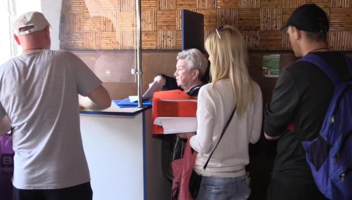 Подавшие на российский паспорт граждане ДНР и ЛНР называют себя счастливчиками