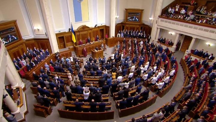 Рада опять спорит о русском: Рабинович попросил переводчика
