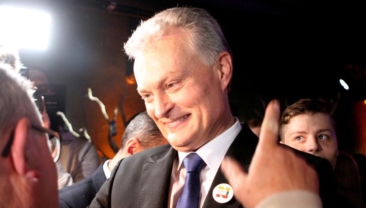 Новый президент Литвы обещает перестроить государственную политику