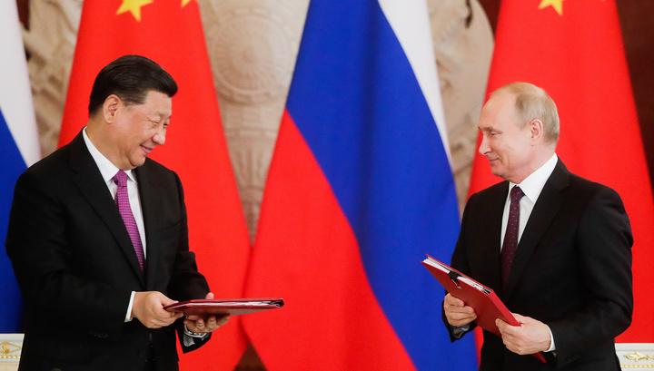 Си Цзиньпин назвал Путина самым близким другом