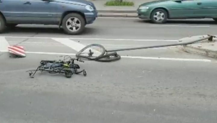 Спешившая на вызов скорая сбила девочку на велосипеде в Виннице