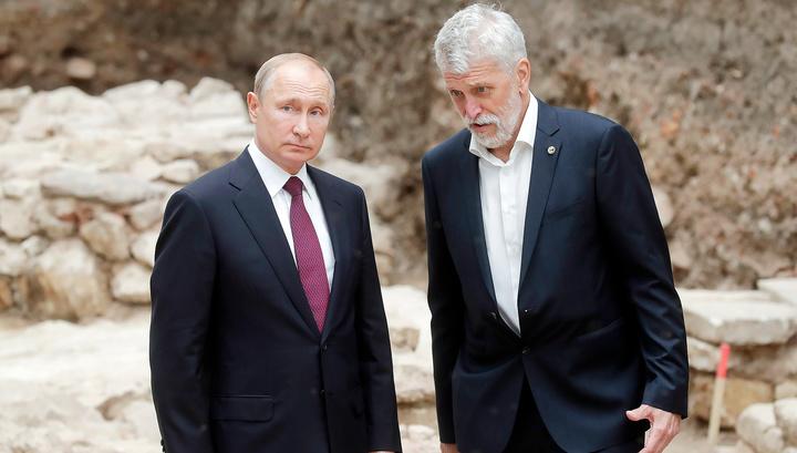 Президент побывал на месте раскопок в Кремле