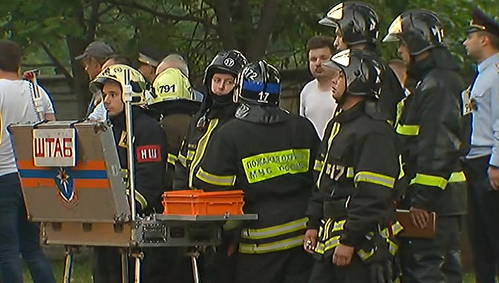 Пожар на балконах жилого дома на севере Москвы потушен