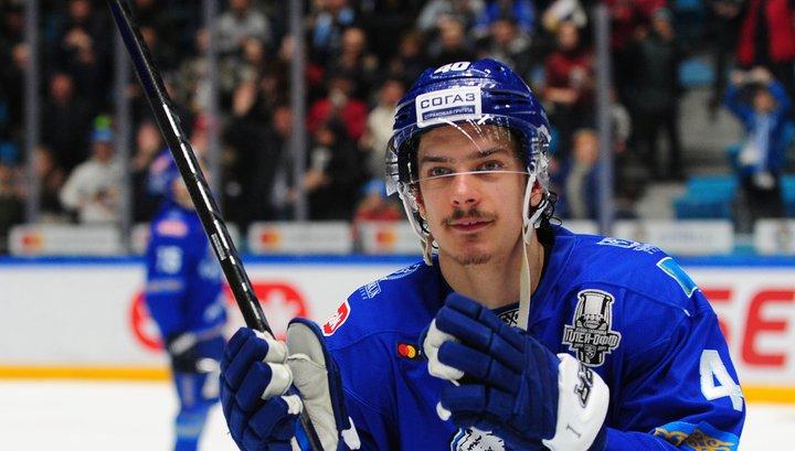 Шведский хоккеист Петерссон подписал контракт с московским
