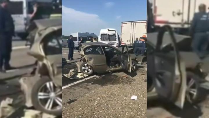 Шесть машин столкнулись на месте смертельного ДТП на Ставрополье