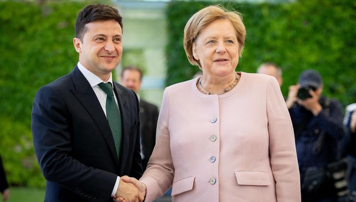 Во время встречи с Зеленским Меркель начало трясти