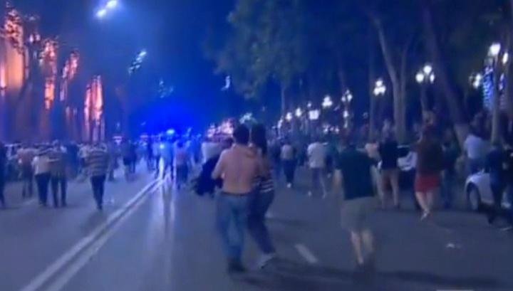 У здания парламента Грузии прозвучали выстрелы