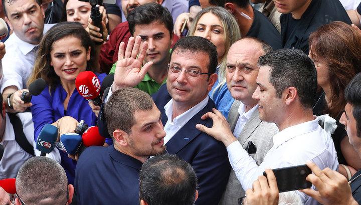 Ближайший соратник Эрдогана признал свое поражение в борьбе за Стамбул