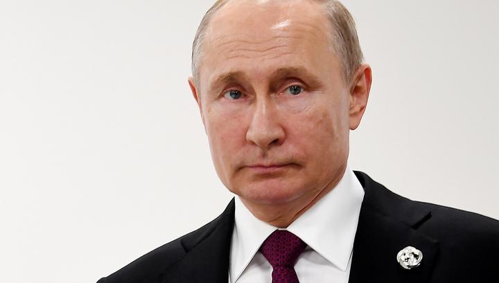 Путин пригласил Абэ в Россию, обсуждение договора будет продолжено