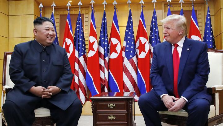 Трамп стал первым действующим президентом США, посетившим КНДР