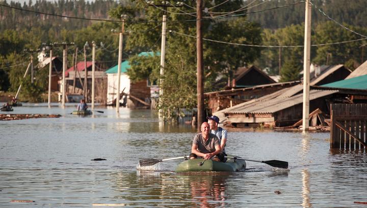 Число пропавших при наводнении в Иркутской области сократилось до 13 человек
