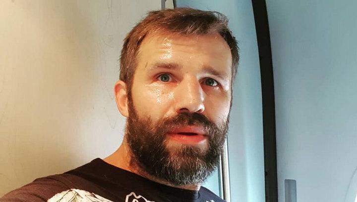 В аэропорту Краснодара за дебош задержан актер Тимур Ефременков