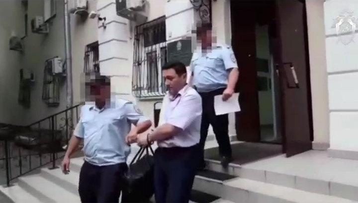 Первый замначальника СКЖД арестован за взятку